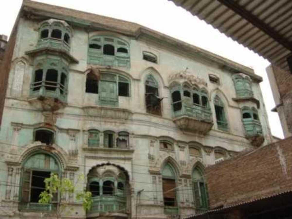 Ancestral houses of Raj Kapoor, Dilip Kumar damaged in Peshawar rains