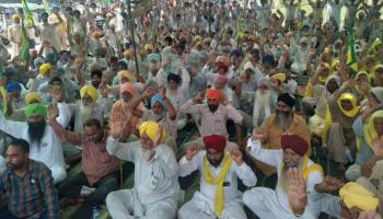 Farmers in Punjab block roads over lathi charge on Haryana peasants