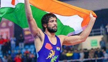 Ravi Dahiya ensures fourth medal for India with sensational 'pin down'
