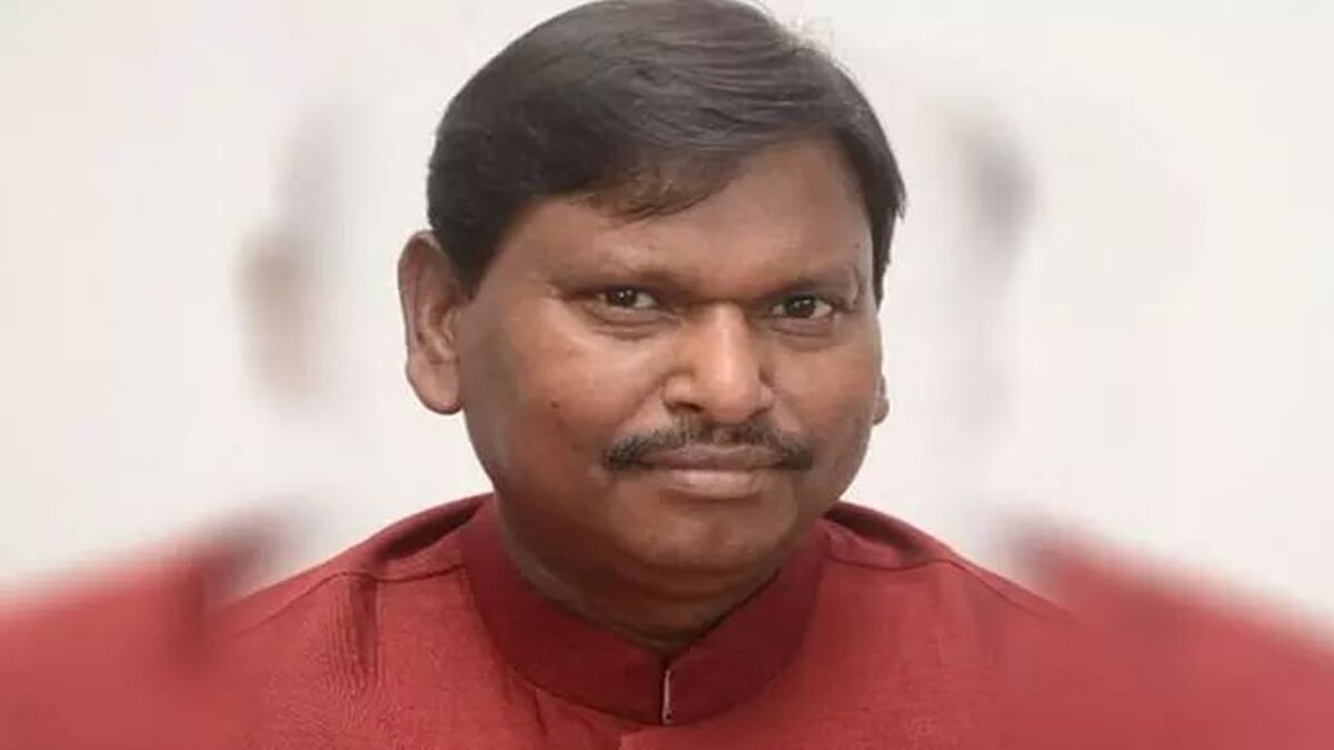 NEP 2020 gives national perspective to education of tribals: Arjun Munda