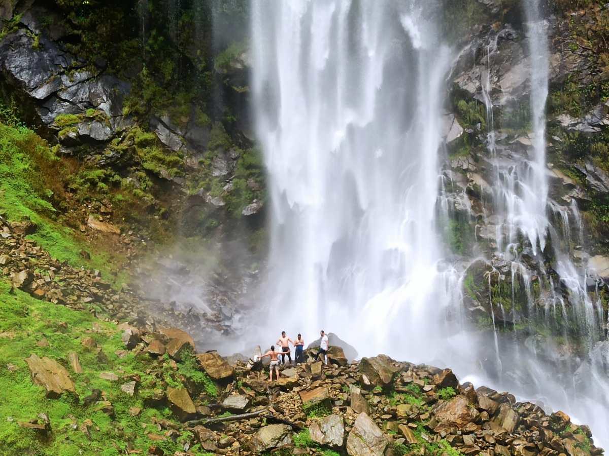 Bar Tshangay falls