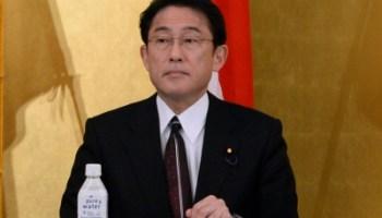 Japan's ex-top diplomat Kishida to become new PM