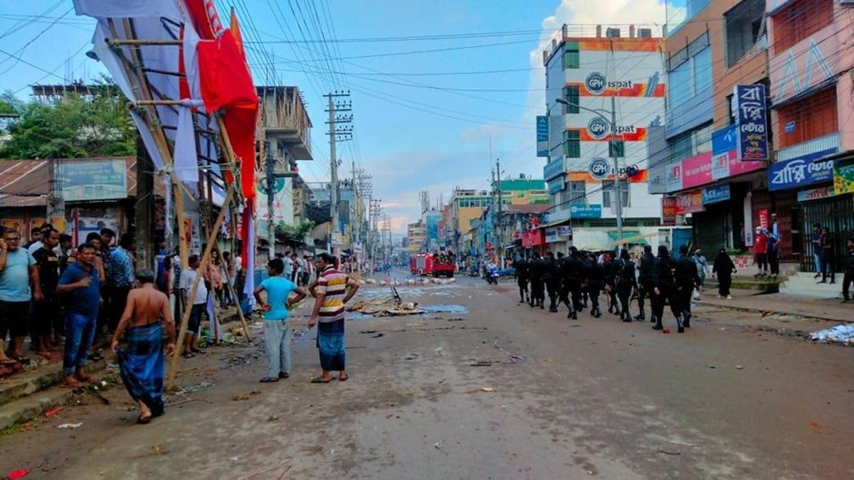 Pol parties, civil society in Tripura condemn Bangladesh violence