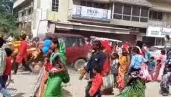 Chhattisgarh: One killed, 16 injured as SUV runs over people during Durga idol procession