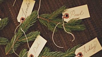 Christmas tree place setting