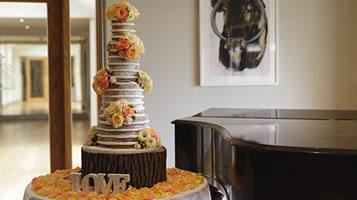 Wedding cakes - top tips from Easton Grange