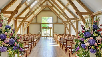 An alternative wedding venue for Essex couples. Easton Grange luxury barn wedding venue