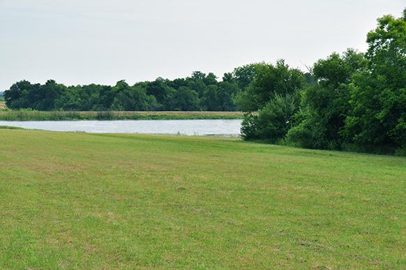 89-8-stocked-fishing-lake-tx-lakeview