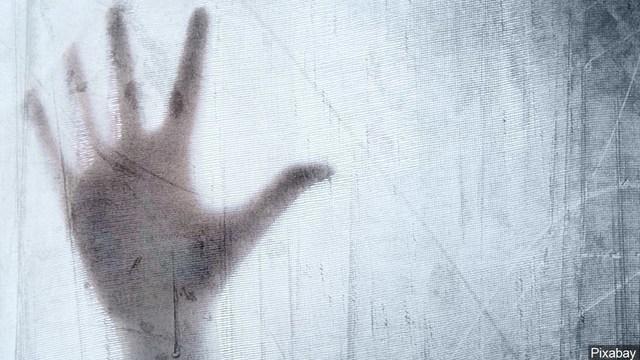hand_1556120299395.jpg