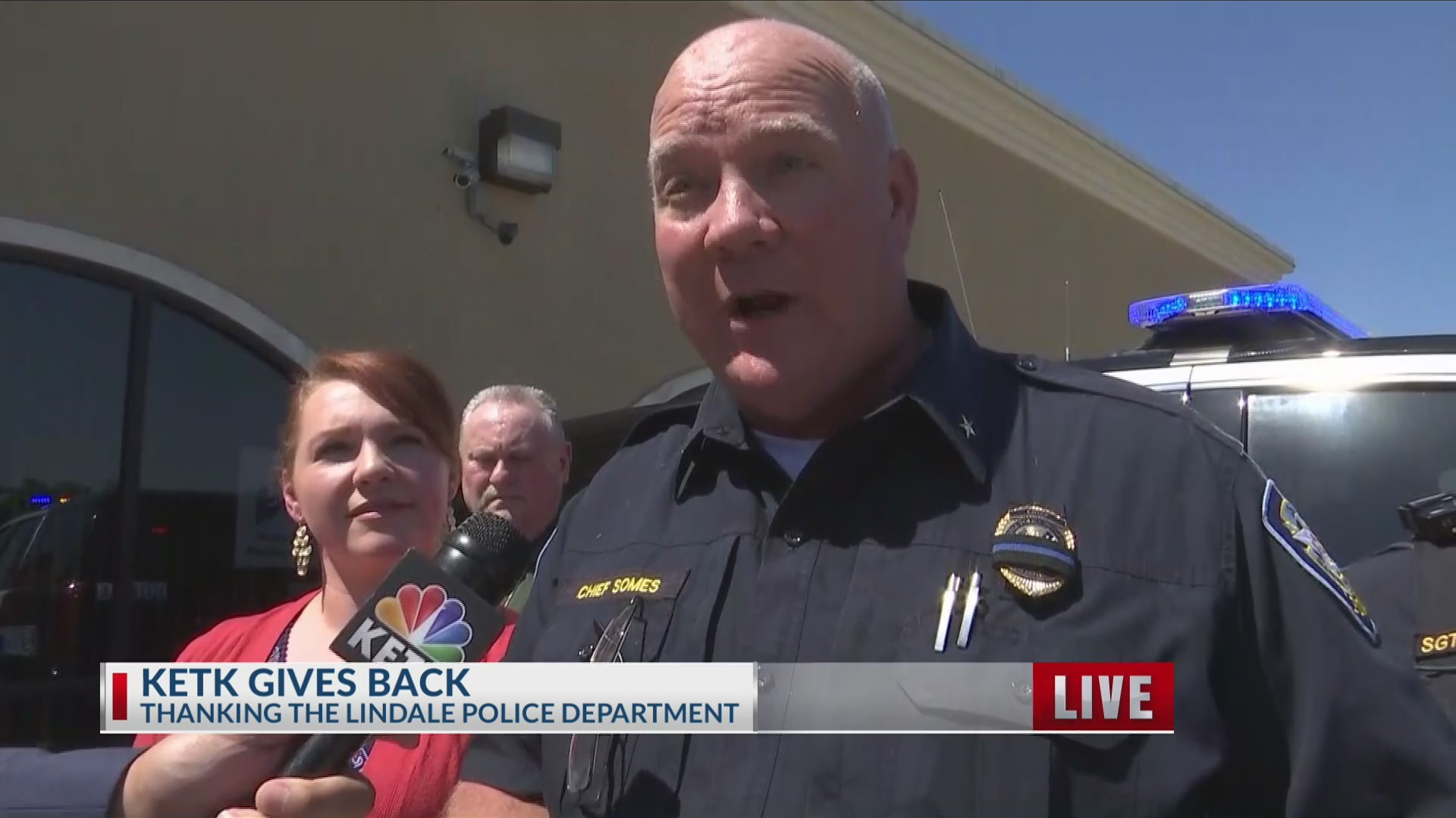 KETK Gives Back to Lindale Police Department
