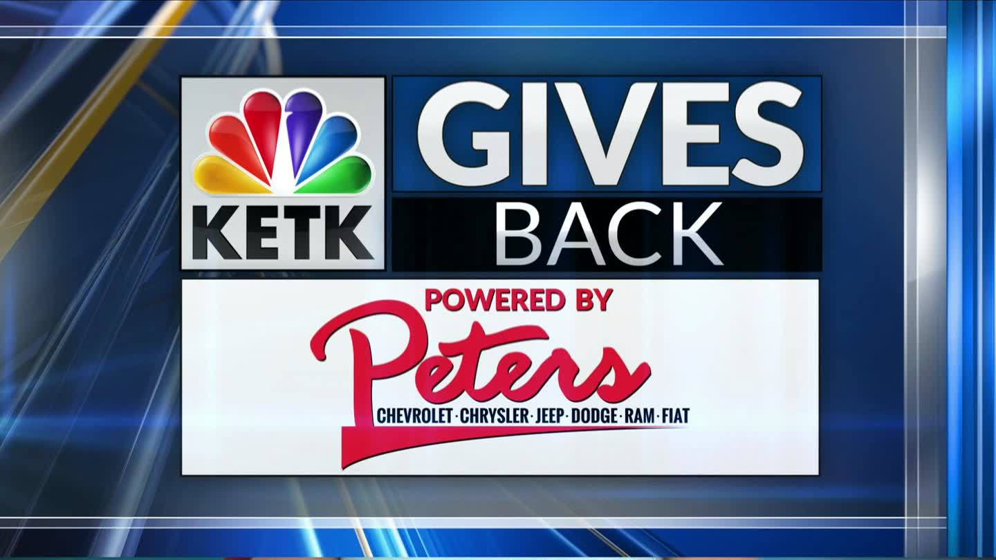 KETK gives back
