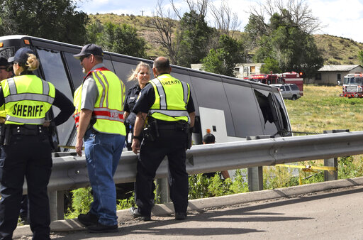 2 dead in charter bus crash in southern Colorado – KETK