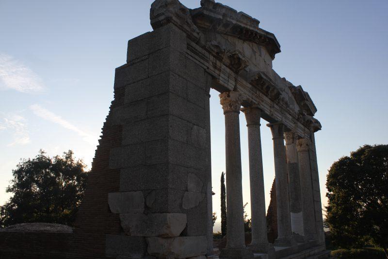 Albanija Apolonia