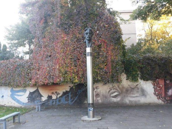 Vilnjus spomenik Frenk Zapi