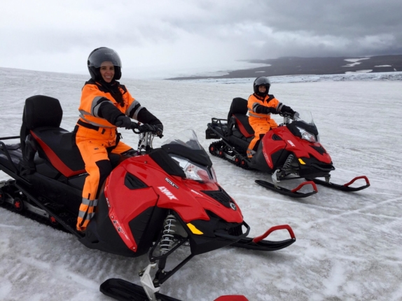 6 day iceland itinerary snowmobiling tour golden circle gulfoss iceland