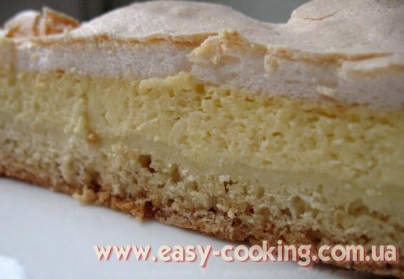 Cheesecake with meringue foam
