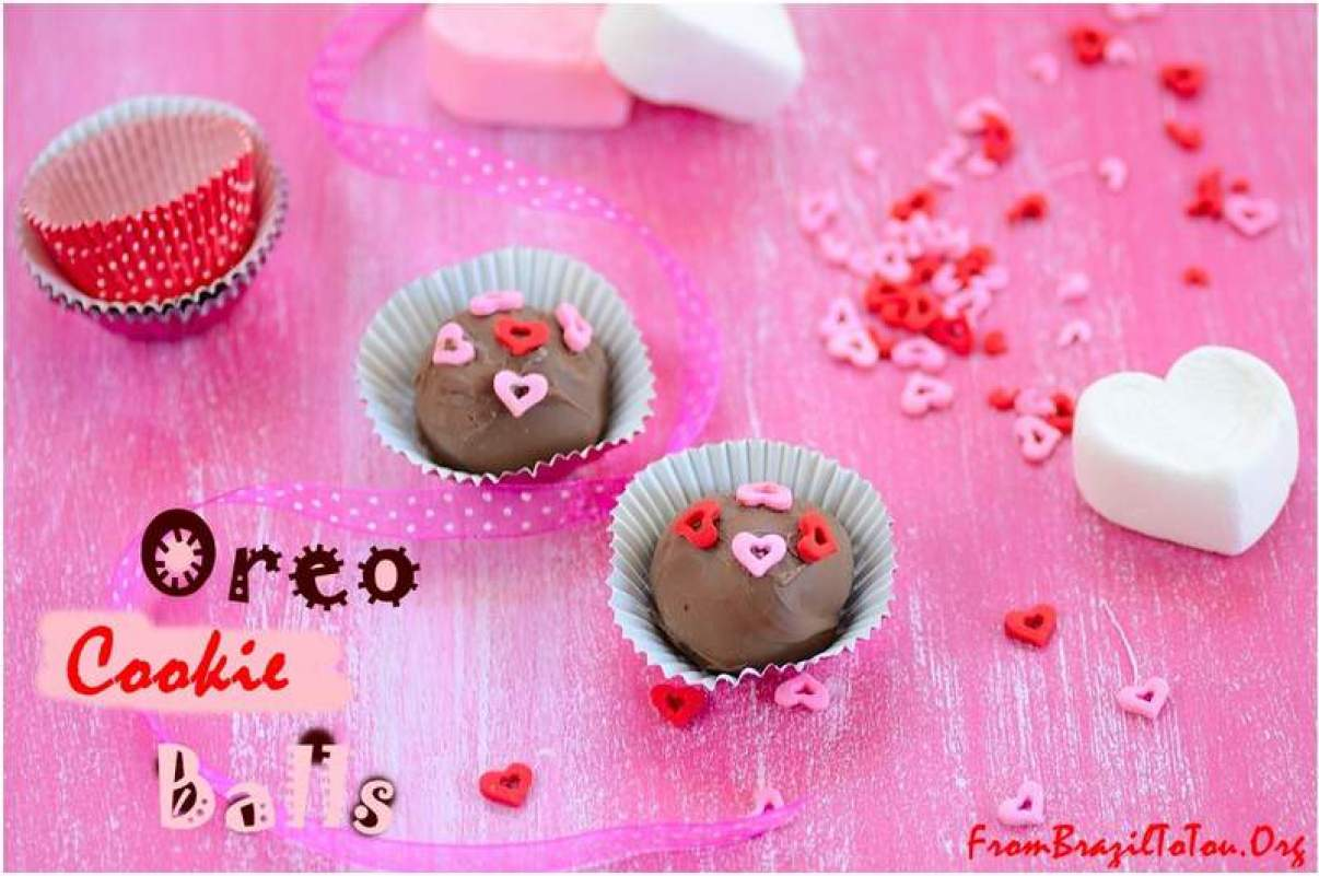 Oreo cookie balls decorated for Valentine's Day...