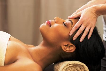 face and forehead massage