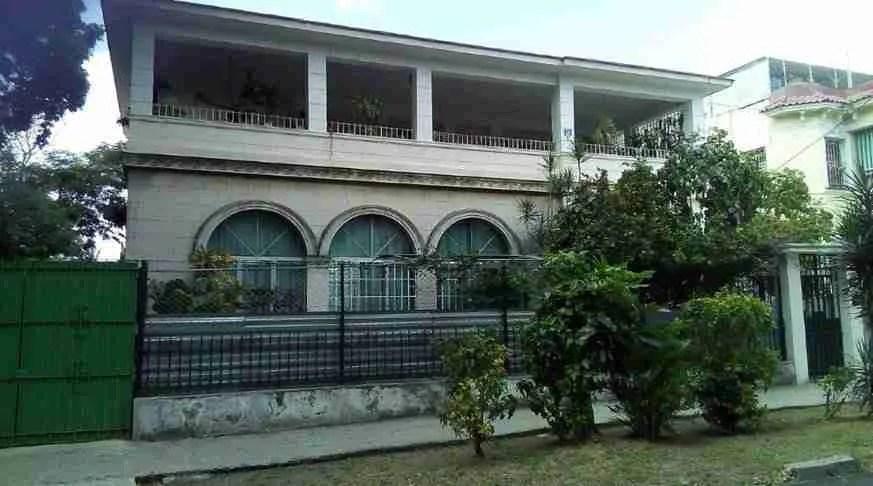 Paredes House