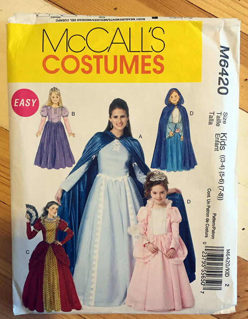I got the appliqué layout for Annau0027s dress from McCallu0027s pattern MP381.  sc 1 st  Easy Craft and Sew & DIY Anna and Elsa Costumes u2013 Easy Craft and Sew