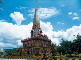 Phuket Sightseeing Tour with Easy Day Khao Lak Tours