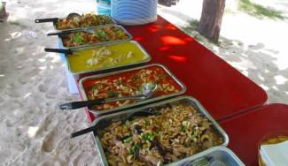Phi Phi Islands Khao Lak Tours - Lunch Time