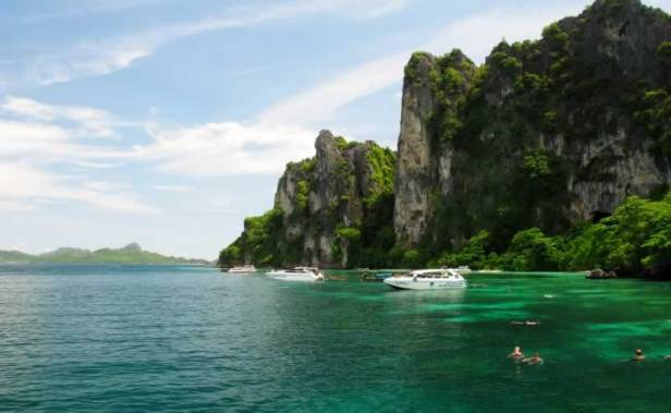 Phi Phi Islands Khao Lak Tours - Snorkeling
