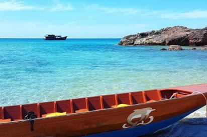 Khao Lak Cruises - On the beach