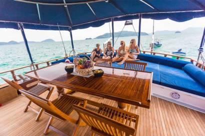 Private Phuket Island Cruises - MS Illuzion common area