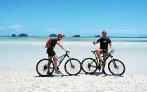 Gite in bici a Samui - In spiaggia