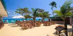 Lamai Coconut Beach Resort - Restaurant overlooking Lamai beach