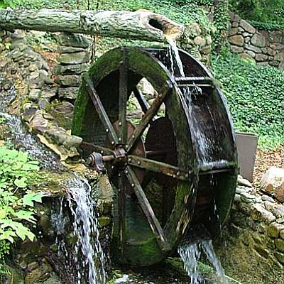 https://i1.wp.com/www.easydigging.com/images-new/old-fashion-waterwheel.jpg