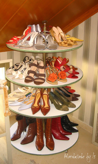 Cool DIY Shoes Storage Solution
