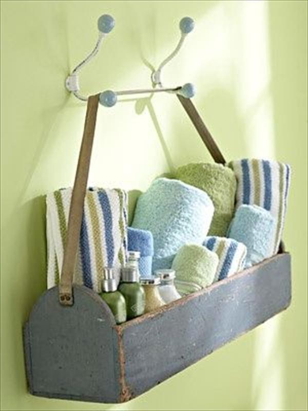 Easy DIY Bathroom Towel storage