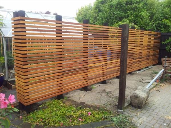 Cool DIY fencing project