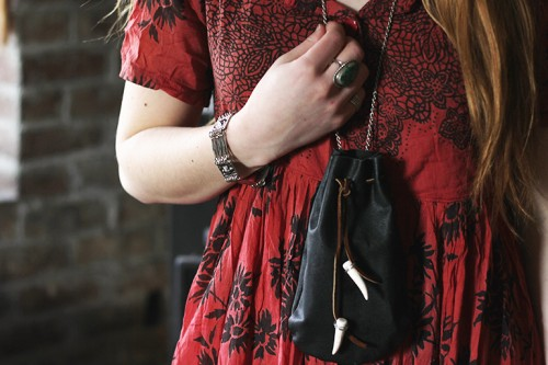 Cool DIY leather Pouch with Chain
