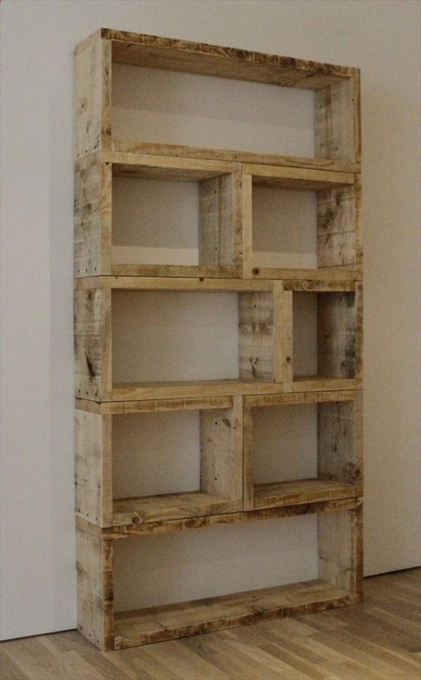 Cool DIY pallet shelves