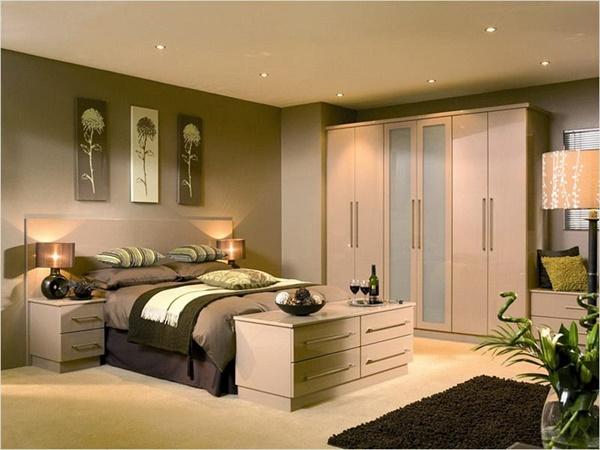 DIY luscious bedroom decor
