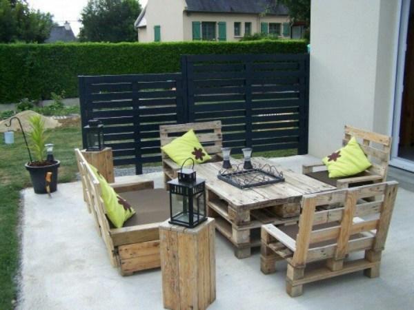 Awesoem lawn pallet Furniture