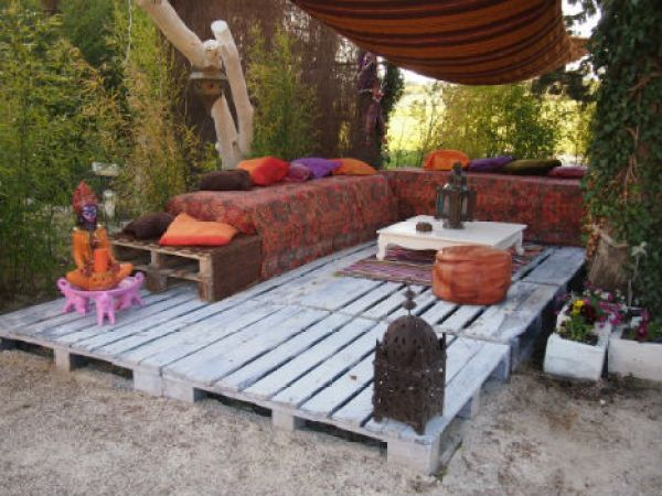Recycled pallet furniture ideas