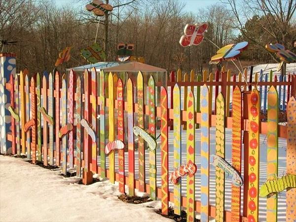 DIY wooden Fence around your garden