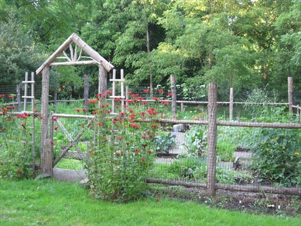 DIY Building a Fence around your garden
