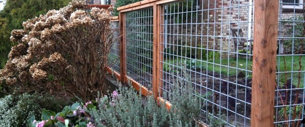 Cheap ideas to build a fence