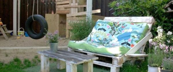 How to make a pallet sofa