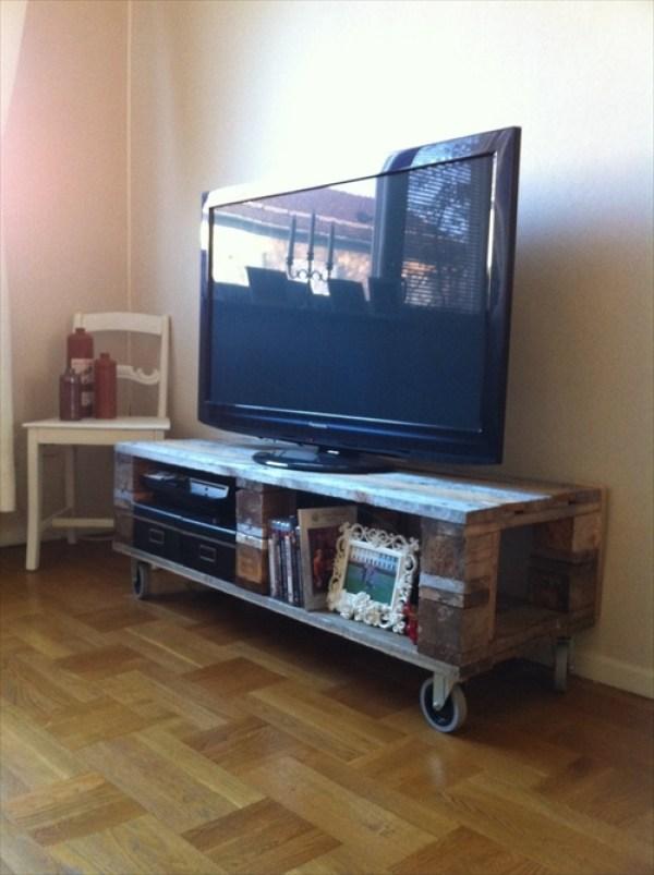 DIY TV Table Ideas