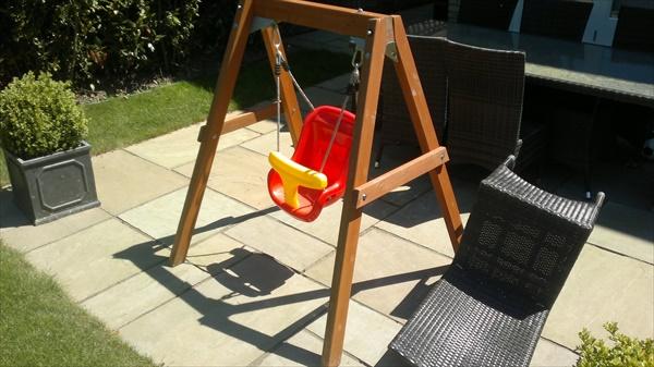 easy outdoor baby swing