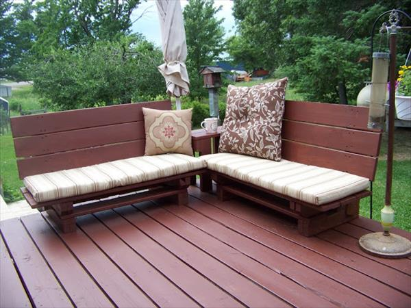 Awesome outdoor pallet bench ideas