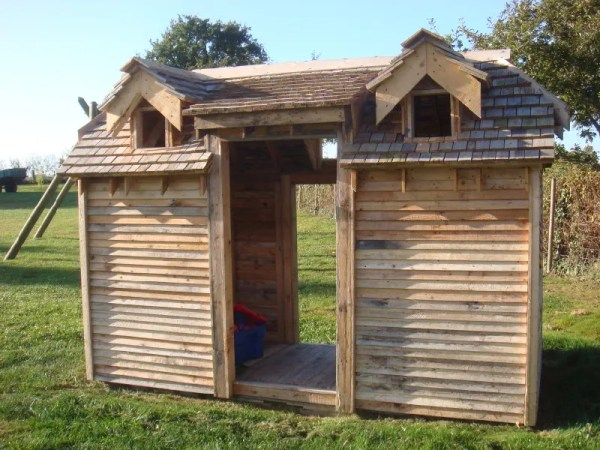 Innovative pallet house project
