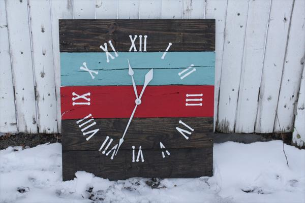 Innovative pallet wall clock5