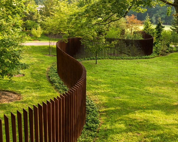 How to install fence